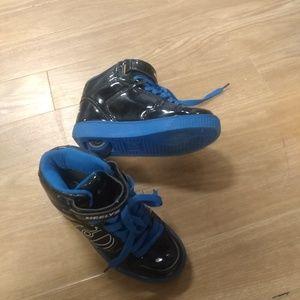 Boys heelys skate shoe rollerblades